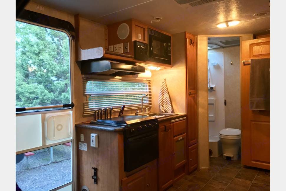 Kitchen area.. Rockwood Roo 233S 2010