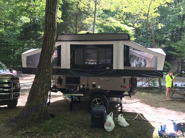 Rockwood ESP pop up camper. Forest River Rockwood 2018