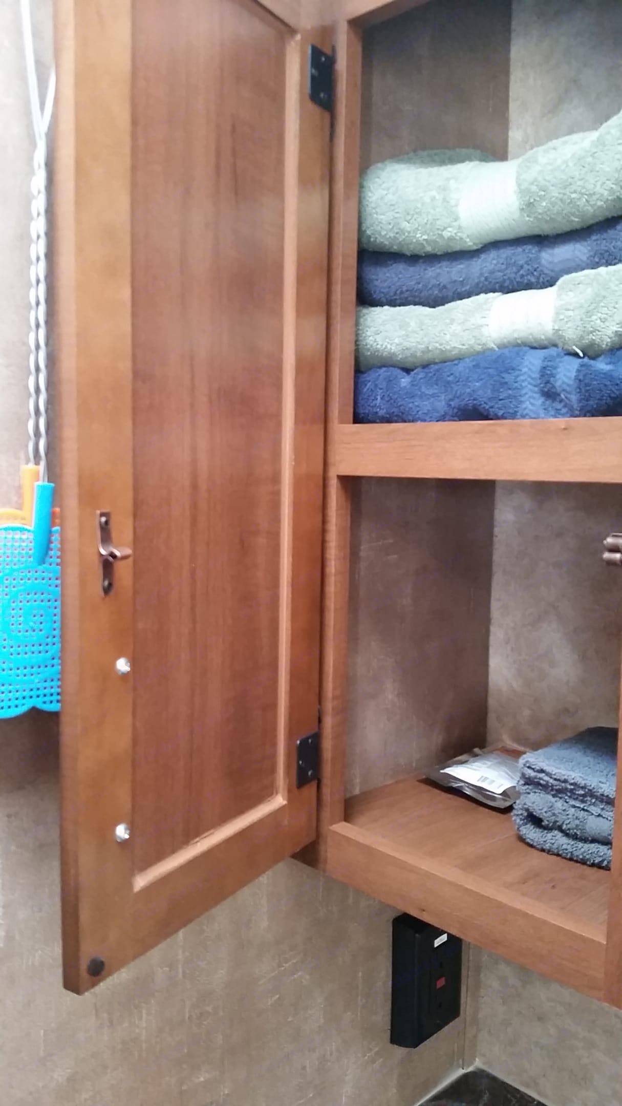 Plenty of bathroom storage. Jayco Jay Feather 2016