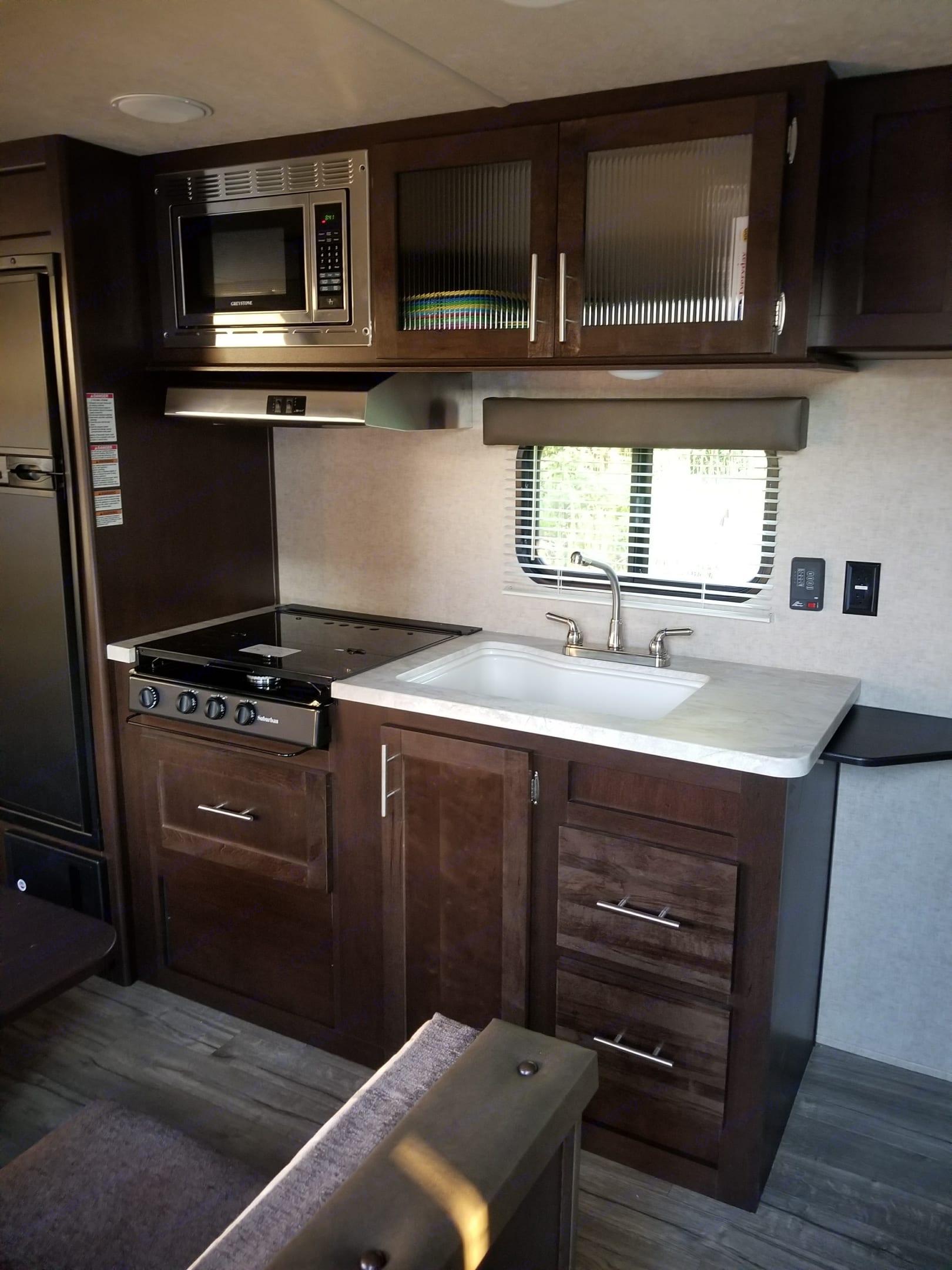 Kitchen area. grey wolf bunkhouse 2018