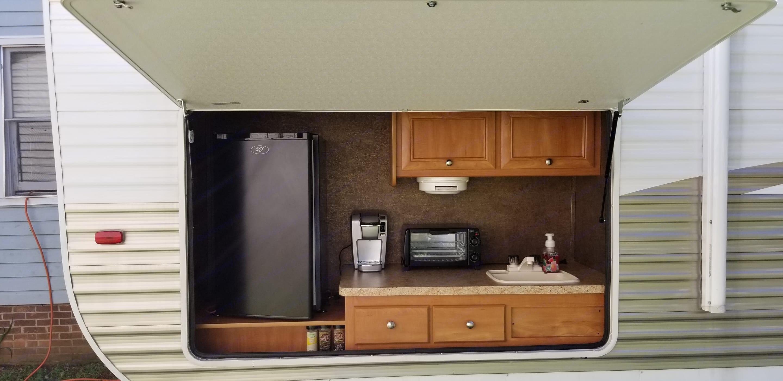Outdoor Kitchen. Shasta Oasis 2016