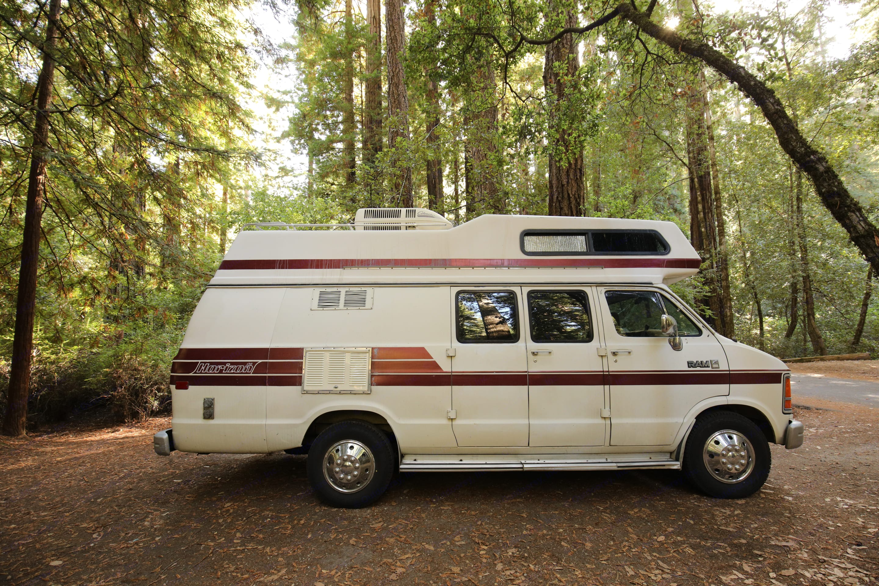 She has been to Vancouver twice with Outdoorsy renters. Dodge B350 Intervec Horizon 190 1987