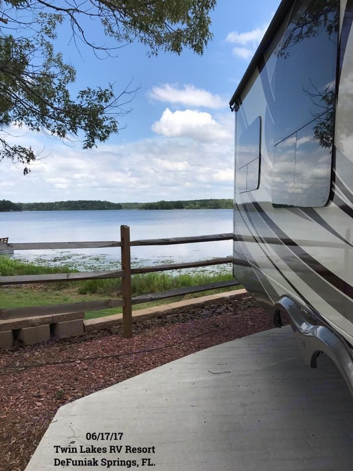 Set up on site at Twin Lakes RV Resort in Defuniak Springs, FL. . Heartland Landmark 2011