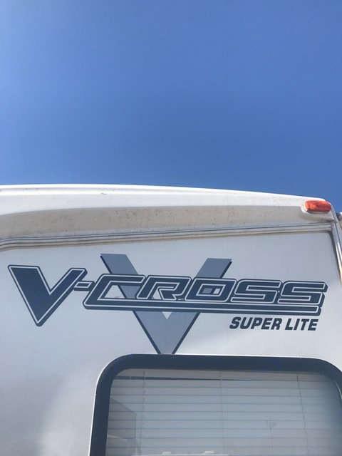 V-Cross Super Lite.  Easy to tow, with anti-sway bars. . Forest River V-Cross 2012