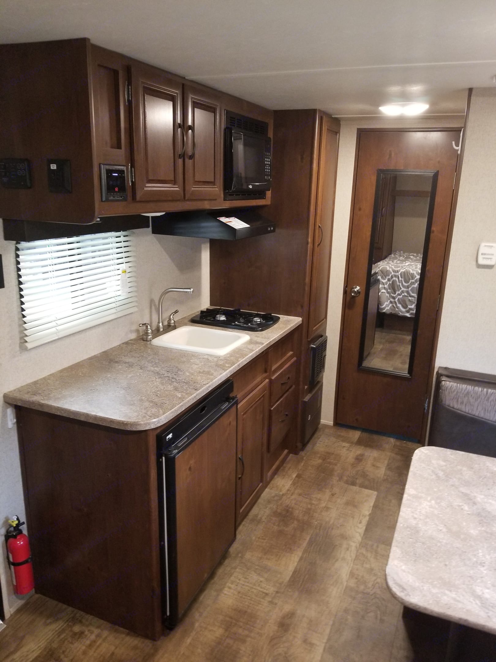 Kitchen with lots of counter space. Crossroads Z-1 2017