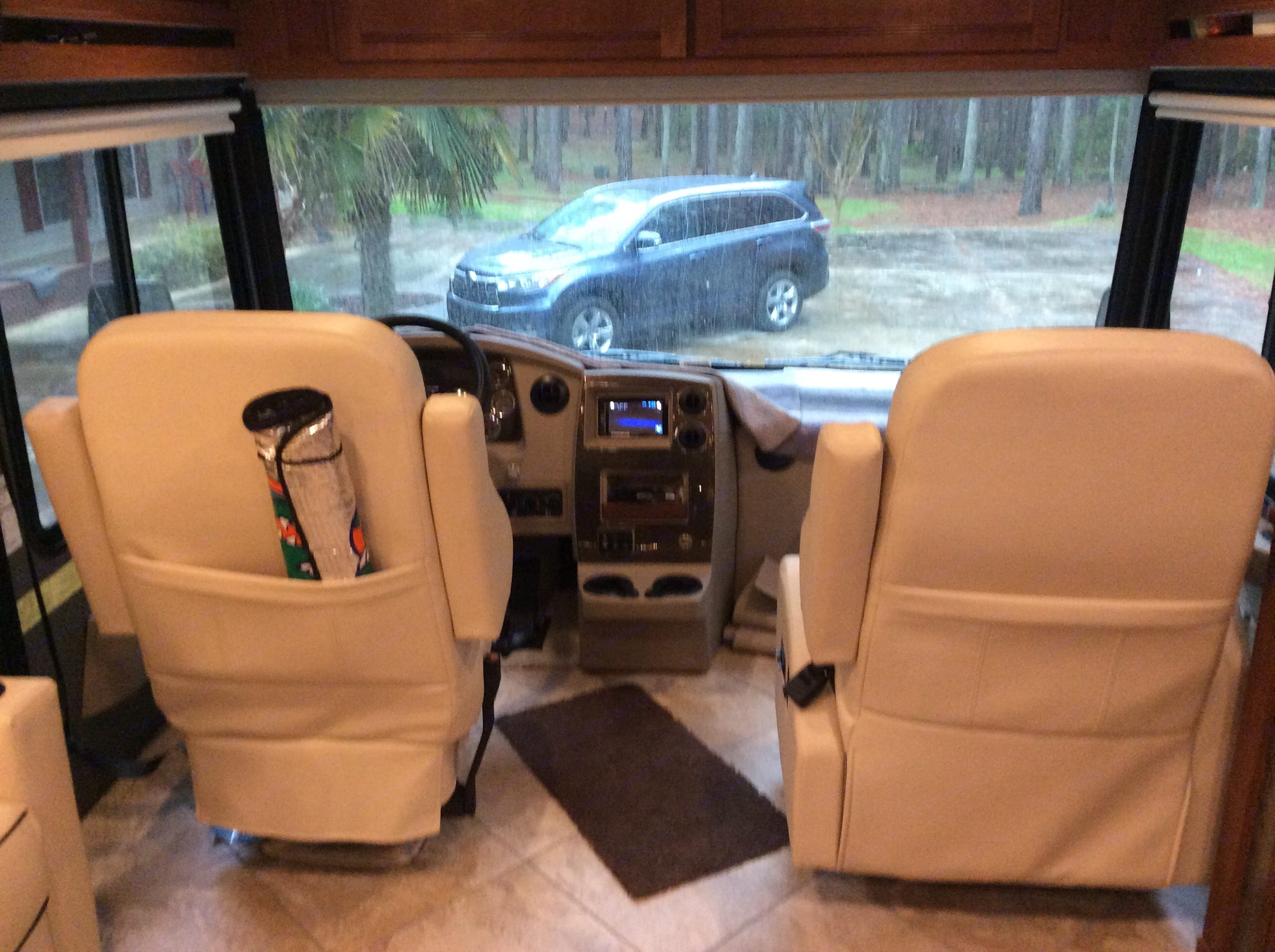 Driver's cockpit with a panoramic view!. Winnebago Forza 2017