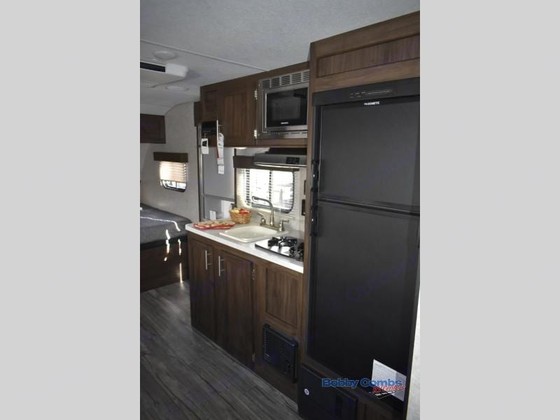 Kitchen with a bigger fridge than the average camper. Cherokee Wolf Pup 18TO 2018