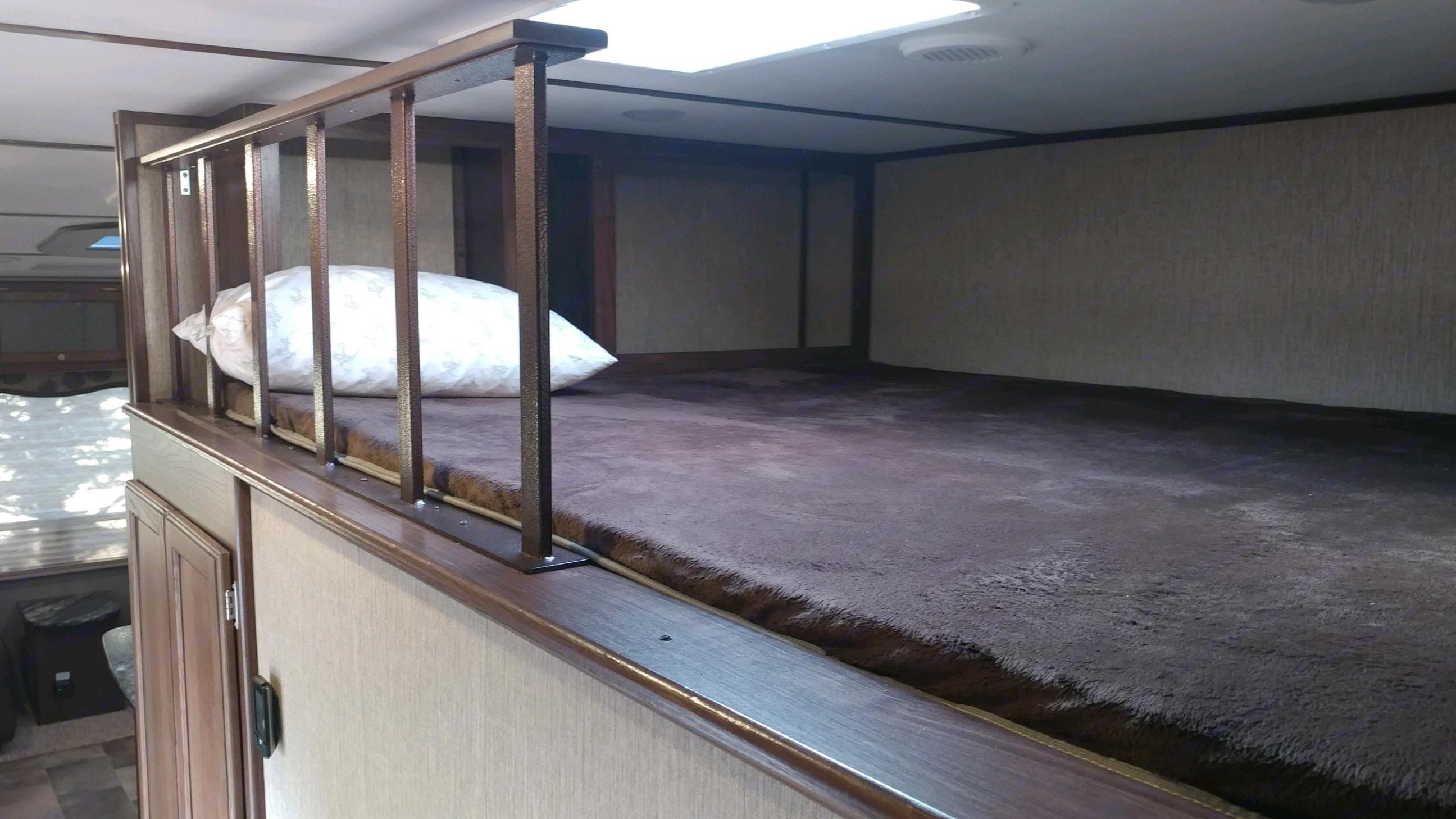 Loft bed. Keystone Sprinter 2016