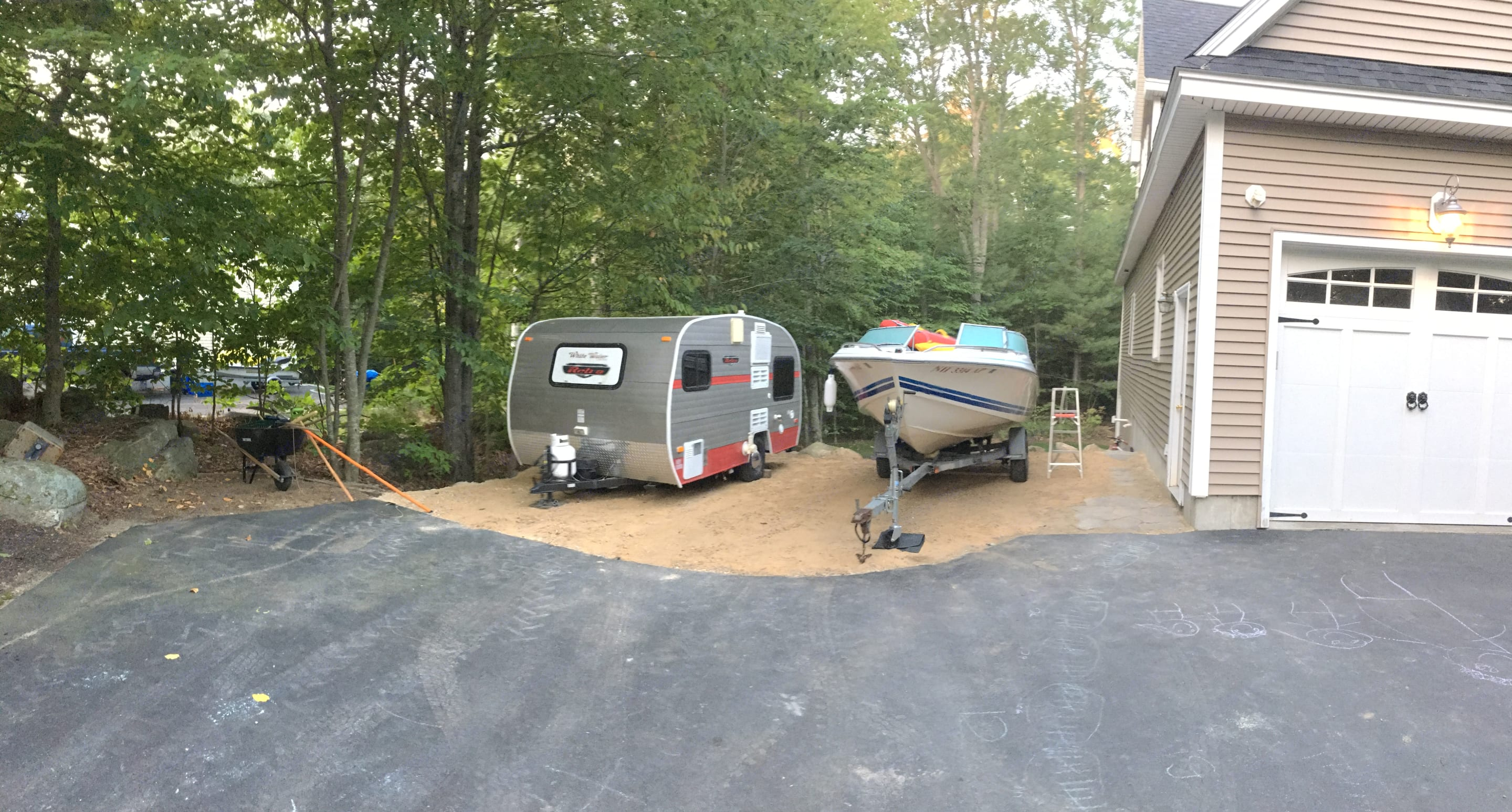 Awesome! Clean and Cozy. More pictures when we start to communicate.. Riverside Rv Retro 2014