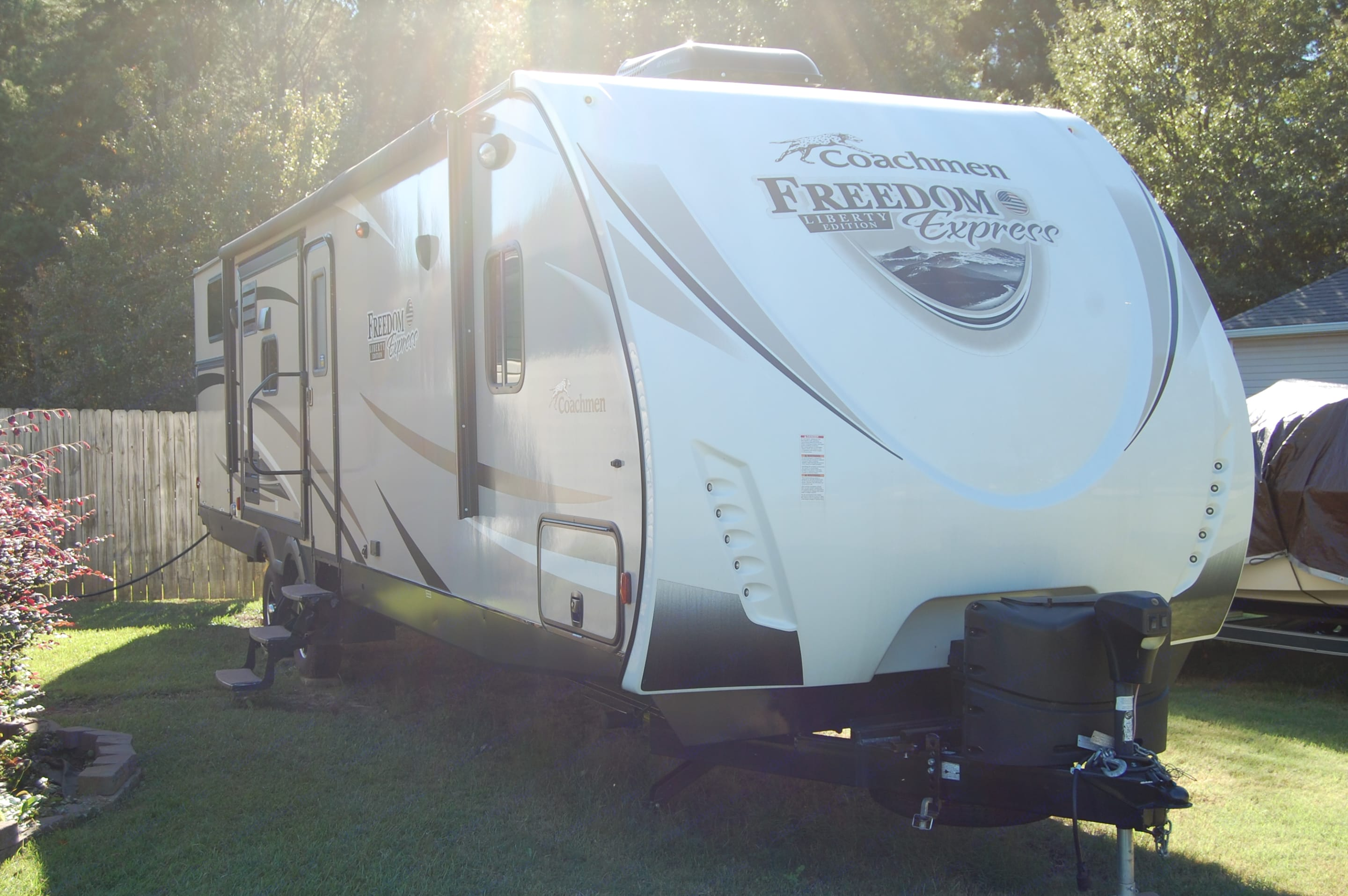 Right Side Slides In. Coachmen Freedom Express 2017