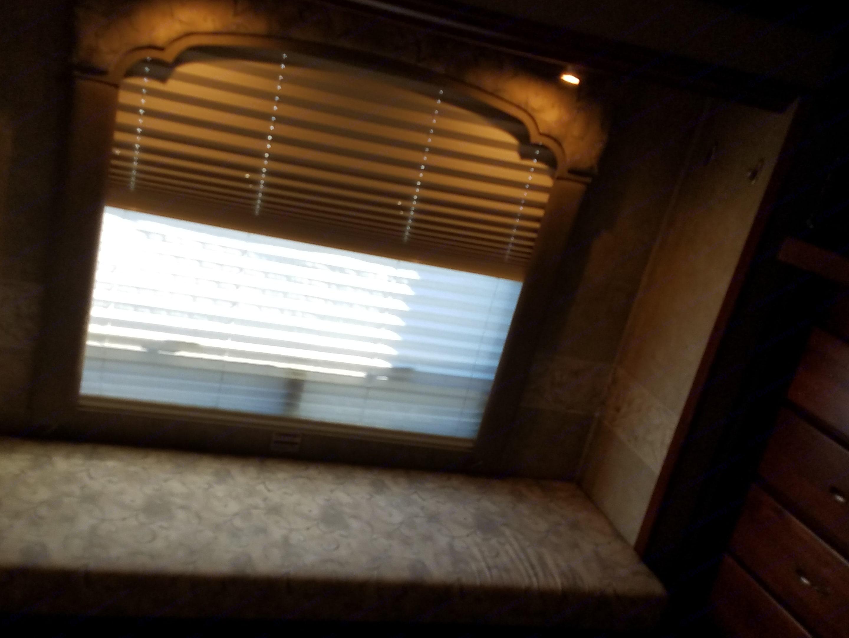 Window seat in the master bedroom . Fleetwood Bounder 2006