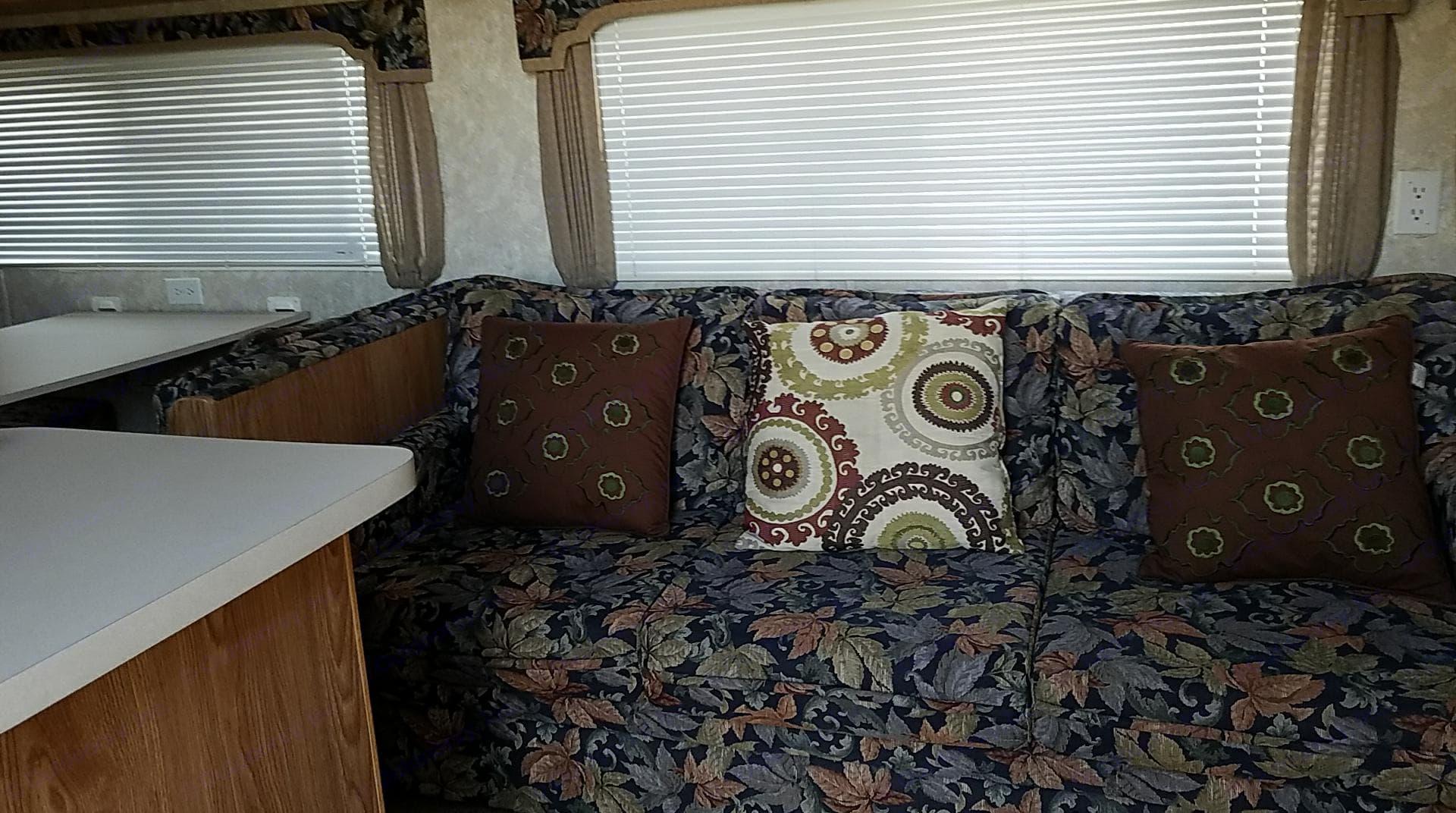 Sofa sleeper for 2. Coachmen Cascade 2004