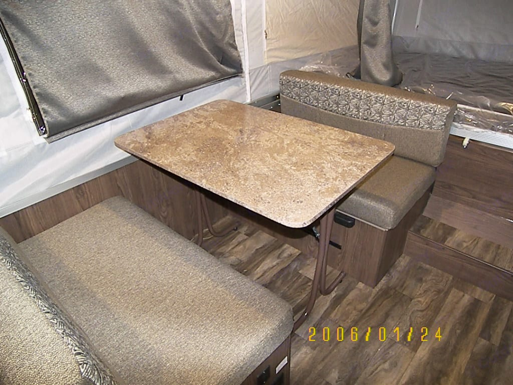 Dinette converts to a bed. . Flagstaff 206LTD 2018