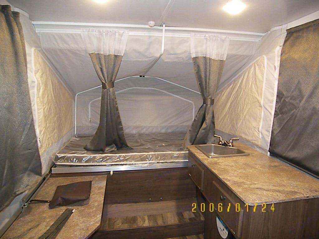 Heated 60 x 80 inch mattress. Flagstaff 206LTD 2018