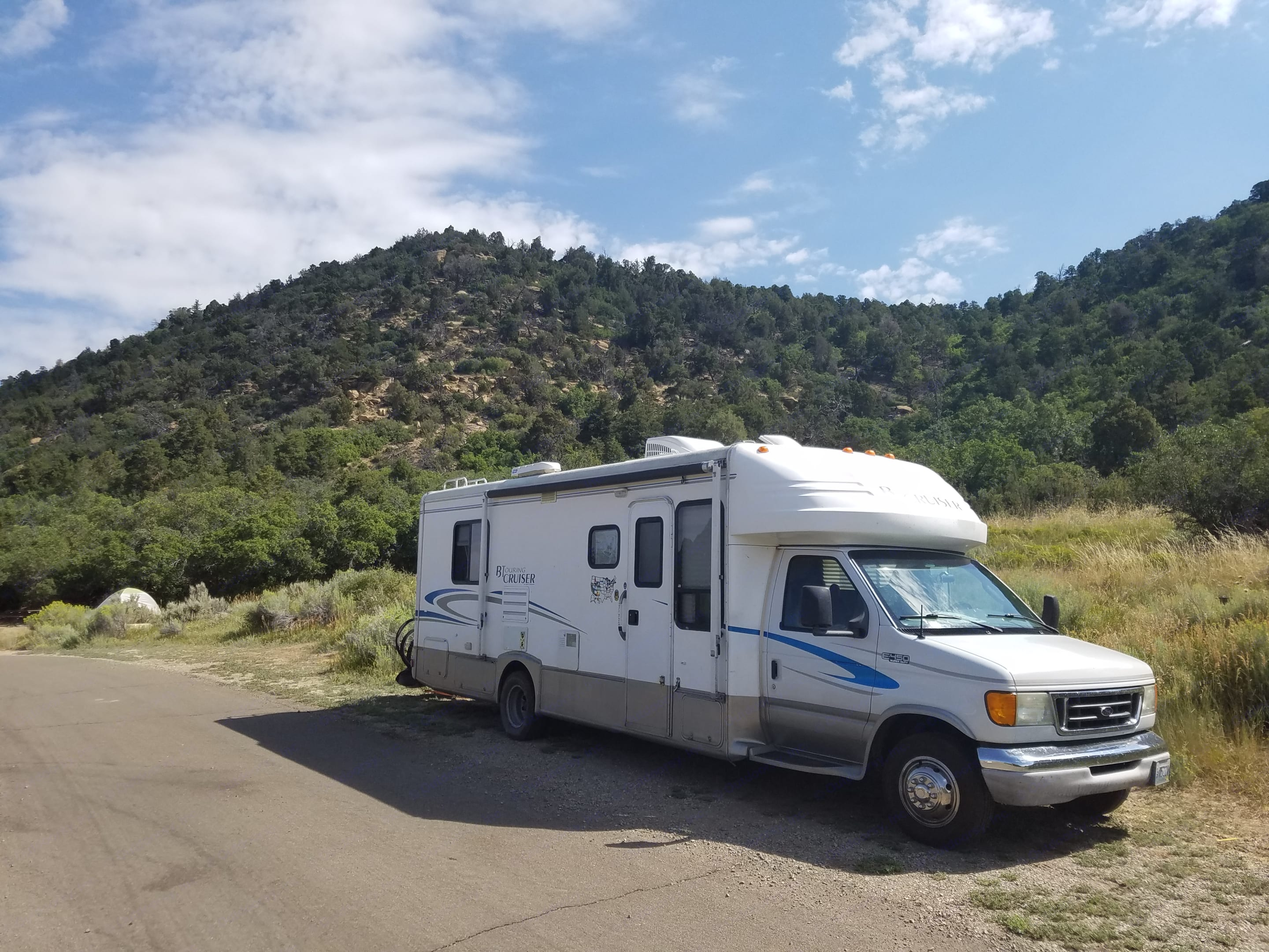For the RV park and/or the road this RV is versatile and easy to change locations nightly. . Gulf Stream B Touring Cruiser 2004