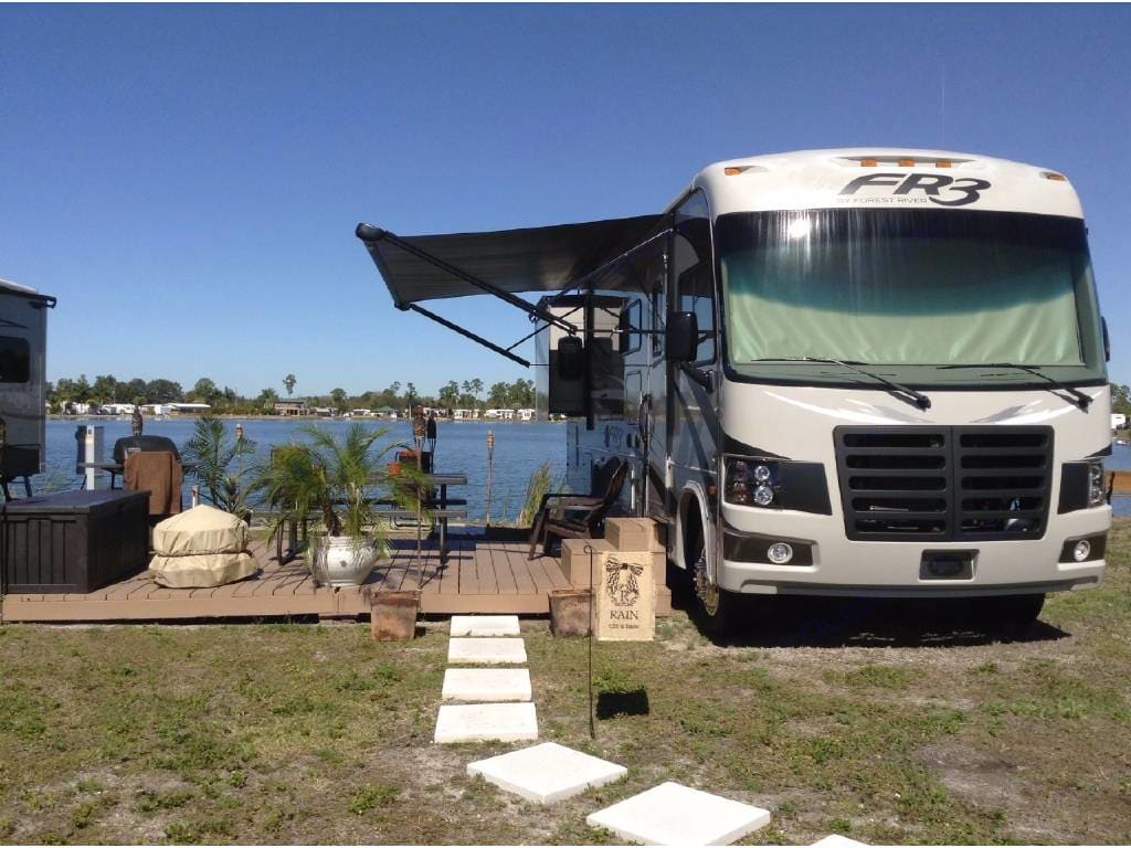Save on miles by parking it for a while and enjoying the view. . Forest River Fr3 2015