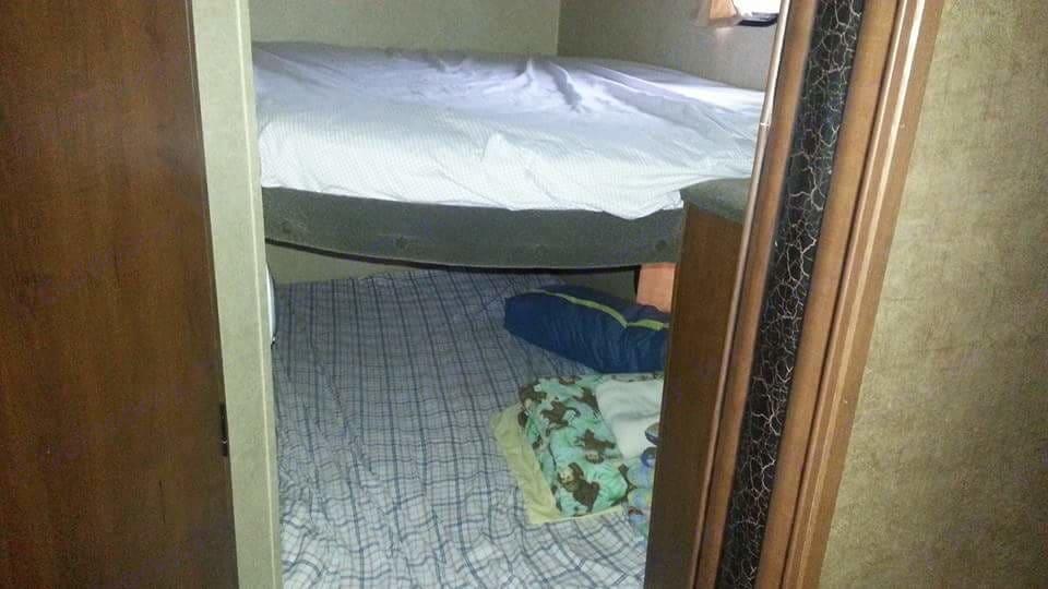 Extra large bunks.. Jayco Jay Flight Swift 2014