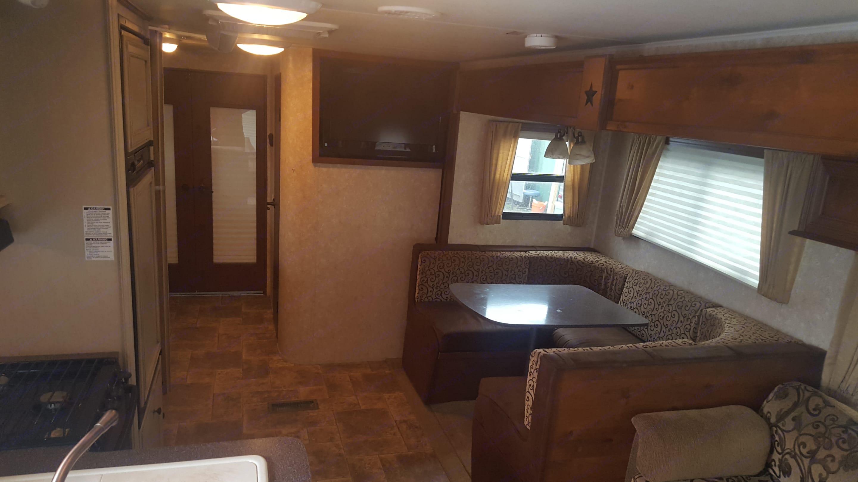 Living Area. Open Range Mesa Ridge 2011