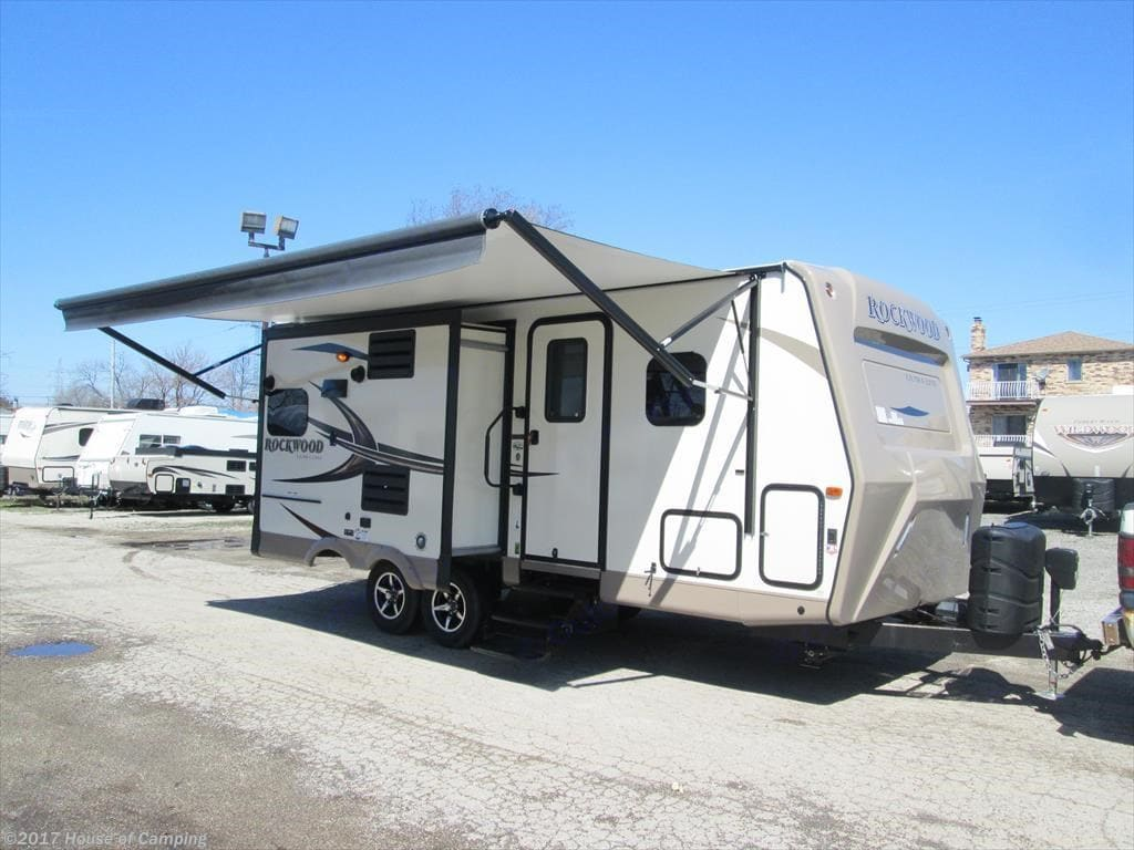 Large awning with area for BBQ included. Forest River Rockwood Ultra Lite 2017