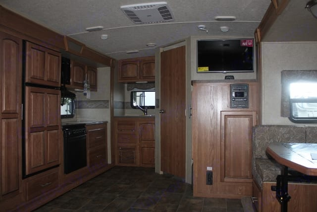 Large open area to cook or watch tv. Forest River Rockwood Ultra Lite 2017