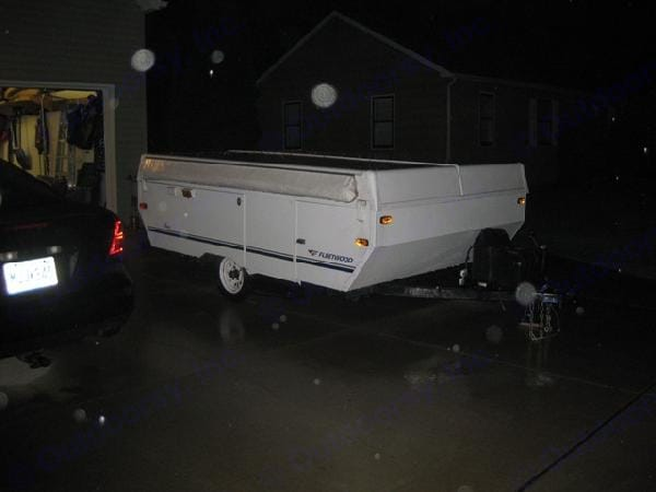 Light weight...easy to pull with a small vehicle. Fleetwood Other 2004