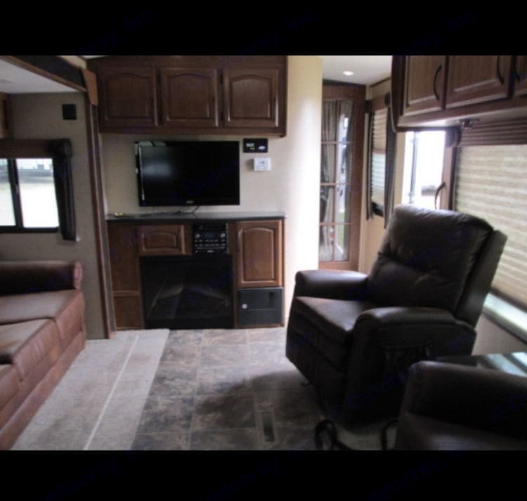 Outdoors Rv Manufacturing Black Stone 2013