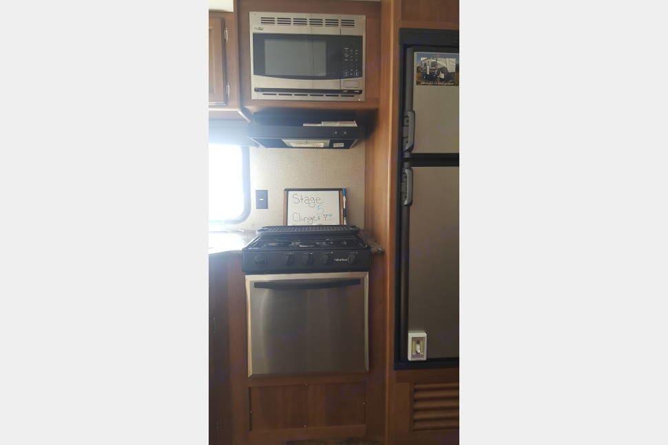 Stove and microwave. Keystone Springdale 2018