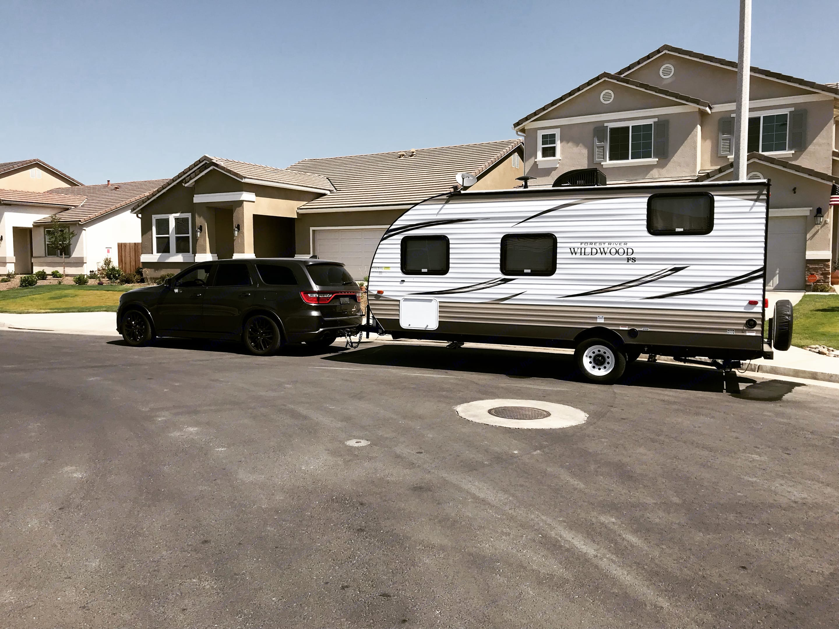 Can be towed with most trucks and suvs 3200 Lbs. Forest River Wildwood X-Lite 2018