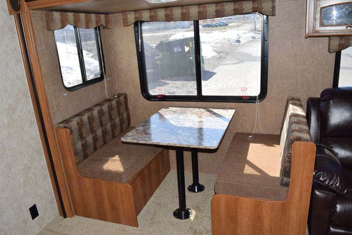 The dining area easily seats 6.. Prime Time Avenger 2015