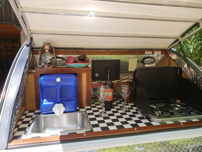 Cook up something great in your vintage diner inspired galley kitchen.. Little Guy 5wide Platform 2010