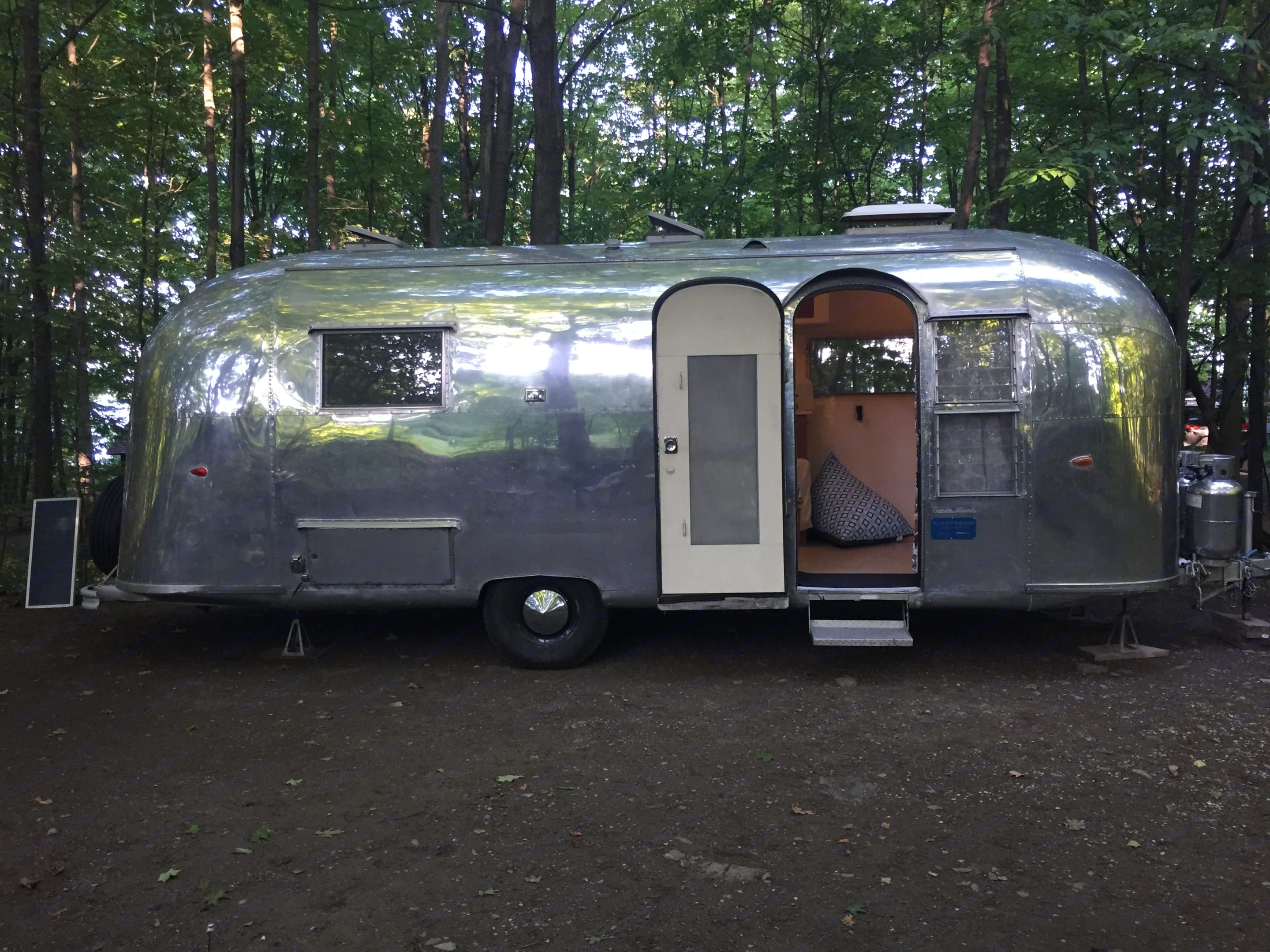 Dry camping (no hookups) at Grand Isle, Vermont State Park. Airstream Tradewind Land Yacht 1961