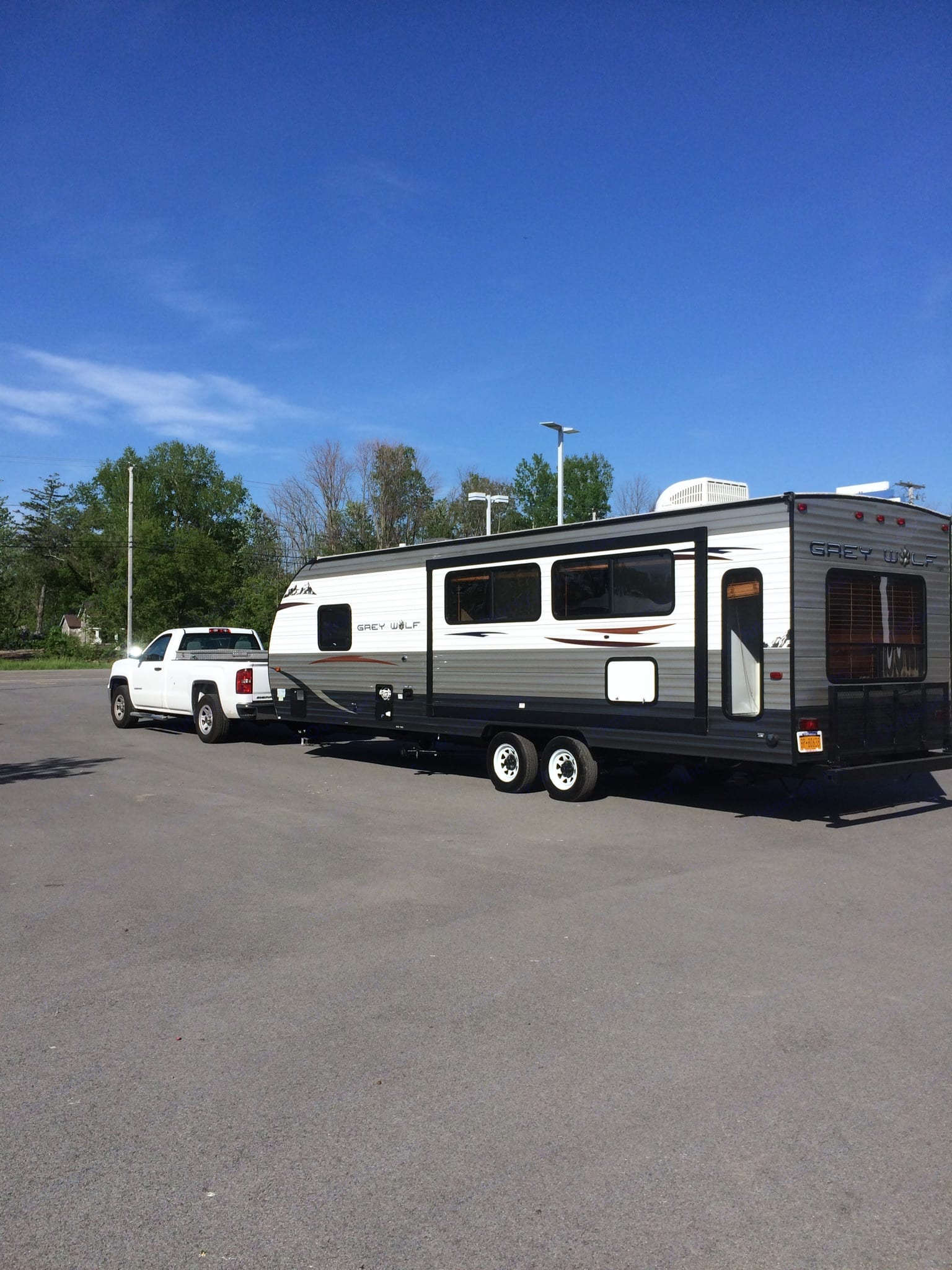 The trailer being hauled.. Forest River Cherokee Grey Wolf 2015