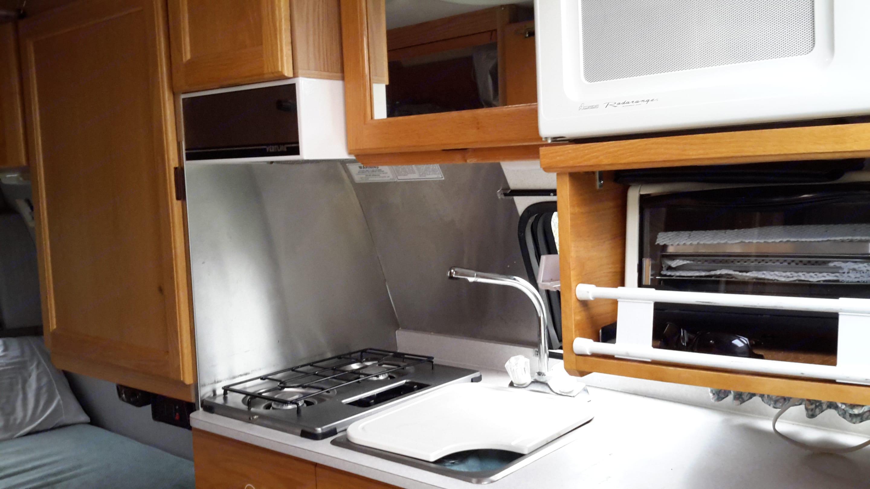 Kitchen. Roadtrek 210 - Popular 2002