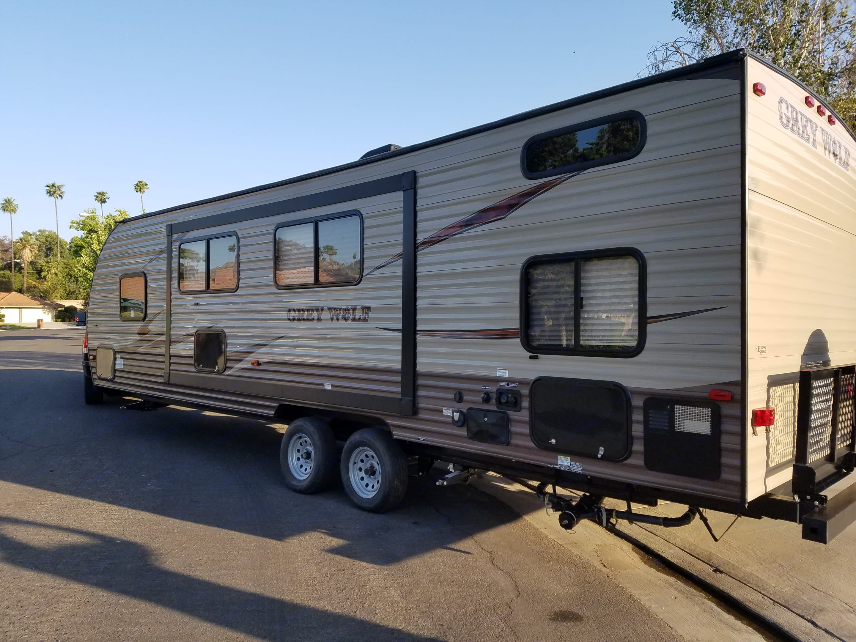 Greywolf Bunk Delivered Sleeps 7. Forest River Cherokee Grey Wolf 2016