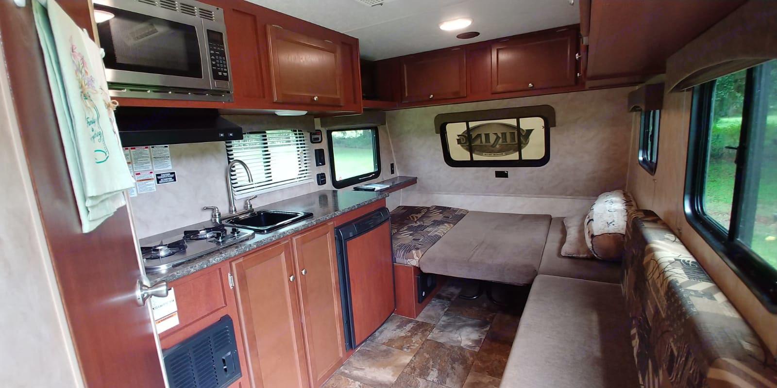 Efficient kitchen layout. Coachmen Viking 2015