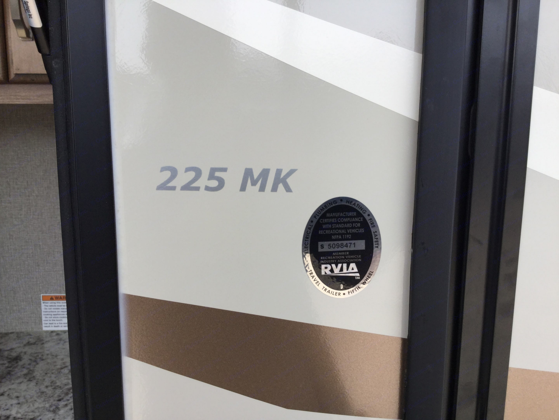 Laredo 225 MK 2019