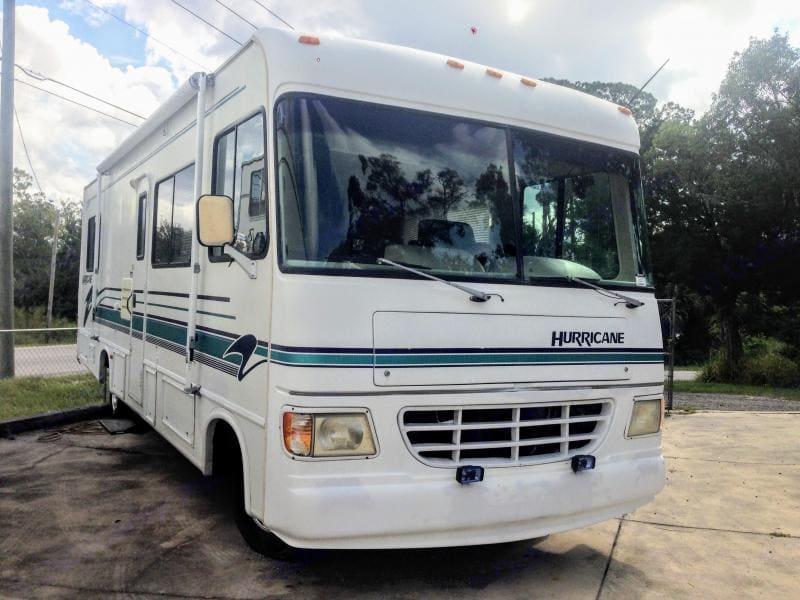 Thor Motor Coach Hurricane 1996
