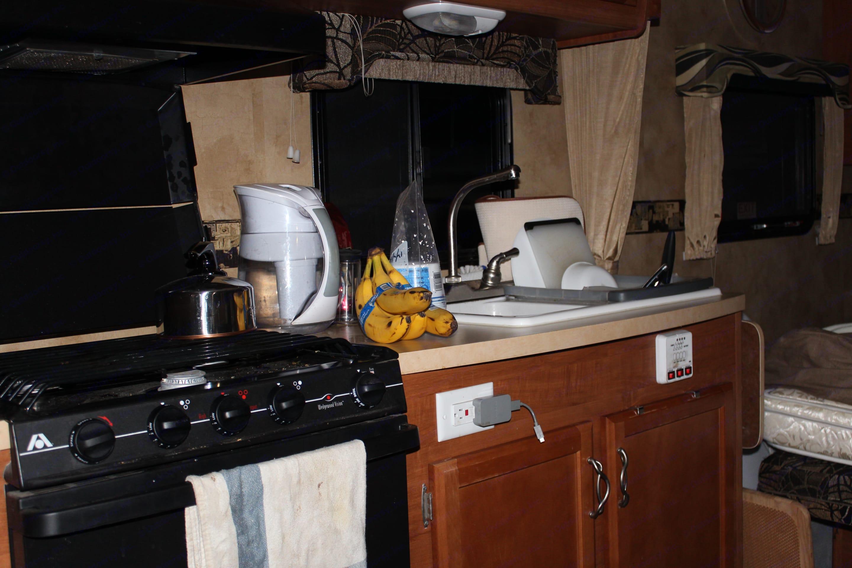 kitchen area . Lance 1881 2010