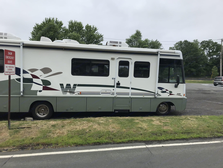 Winnebago Adventurer 1998