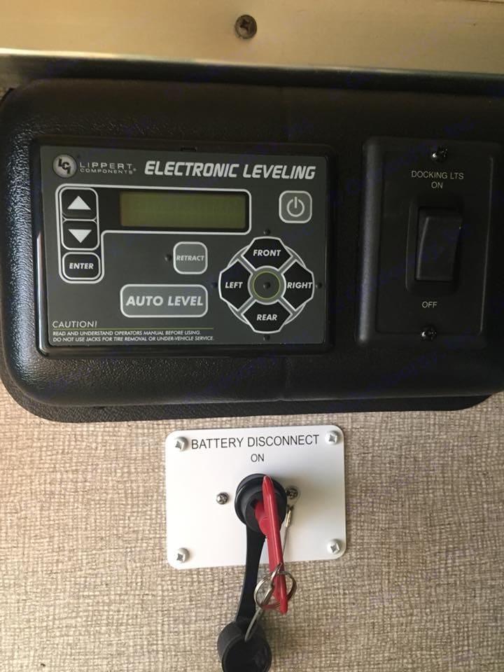 Auto level system. Keystone Laredo 2017