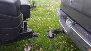 Hitch and stablizer bars for sway free driving!  Electric hitch.. Jayco Jay Flight 32BHDS 2015