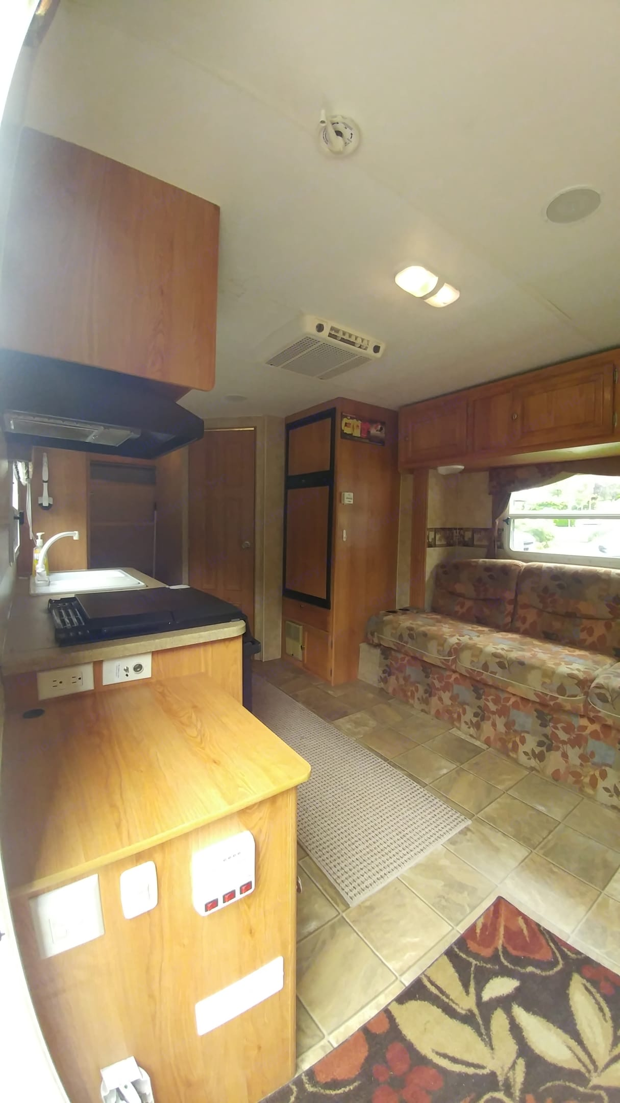 All the comforts of home. Jayco Jay Feather Exp 2007