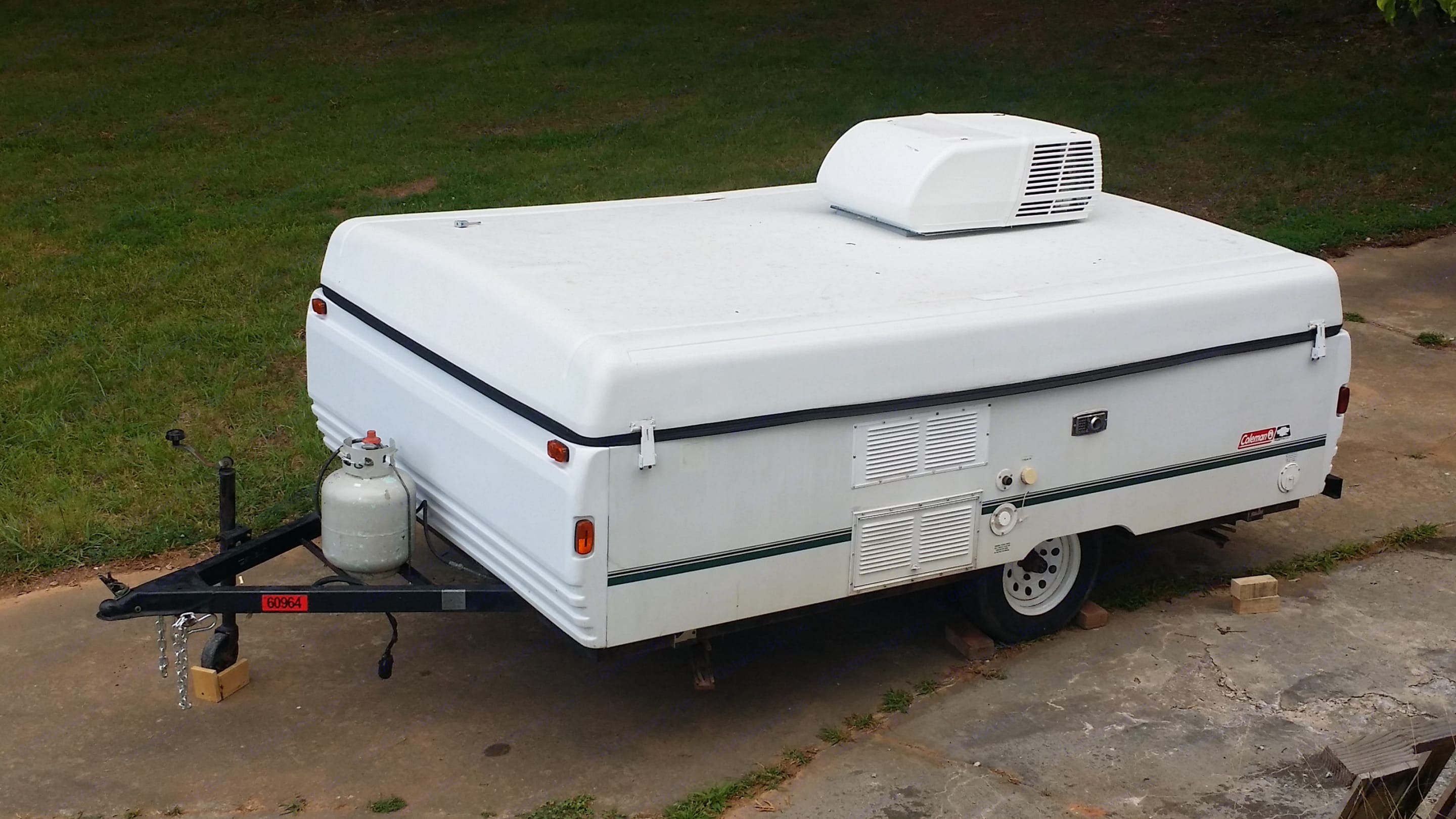 Ready to go to the mountains, beach, festivals, whatever, perfect size camper, and cheap way to travel.. Coleman Other 2000