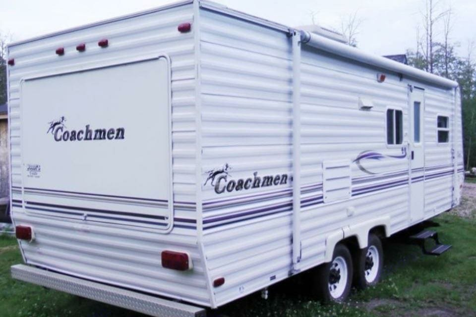 2006 coachman Catolina Lite Fully stocked with all you need to camp like a pro!  . Coachmen Catalina 2006