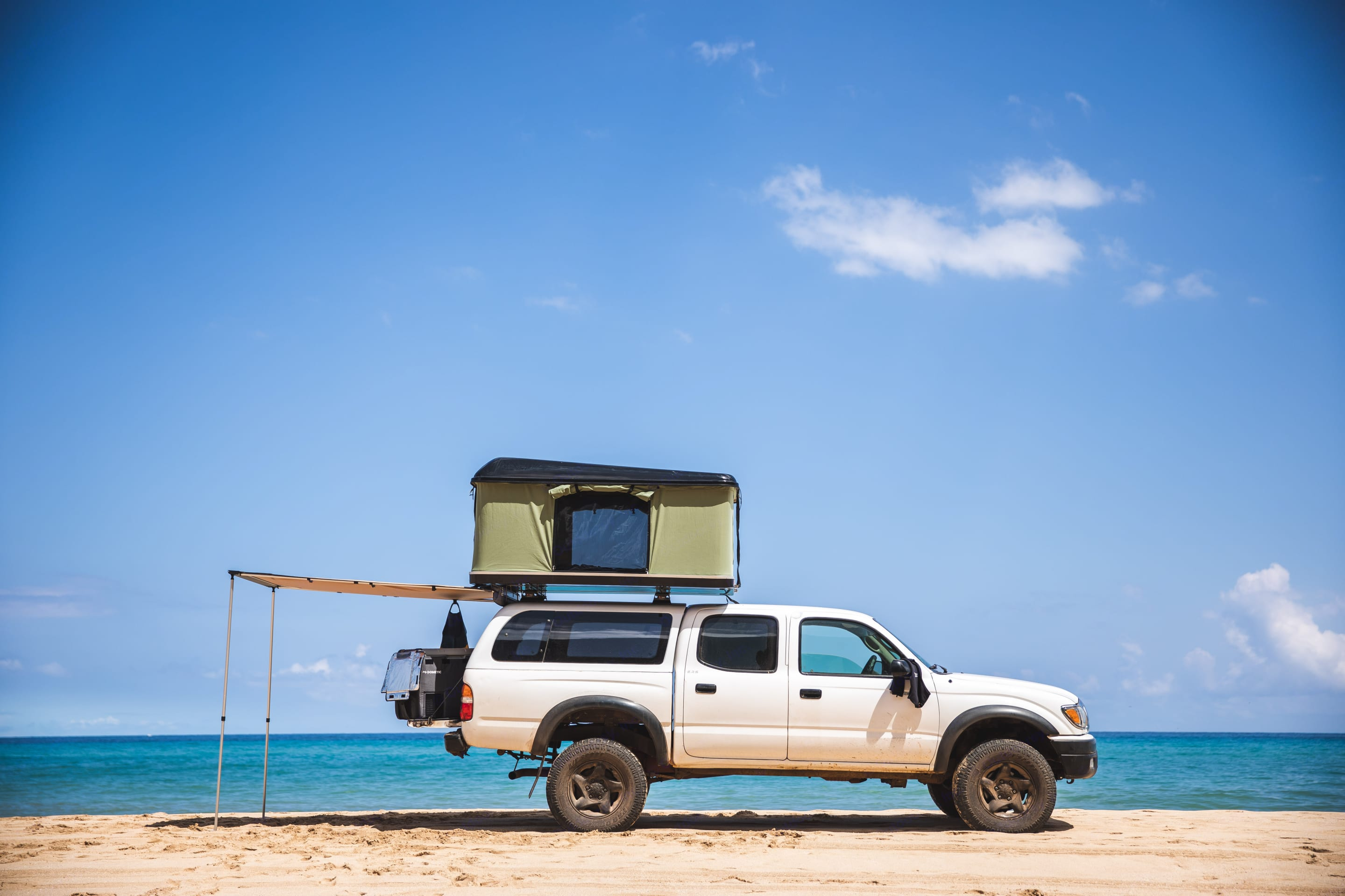 Hardshell Roof Tent & Rear Awning keep you cool on hot summer days at the beach.. Toyota Tacoma 2004