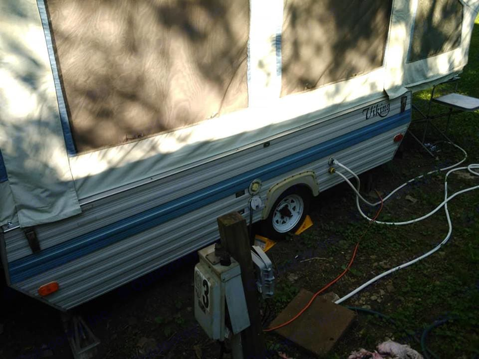 Has electric hookup for lights, etc.. Viking Other 1991