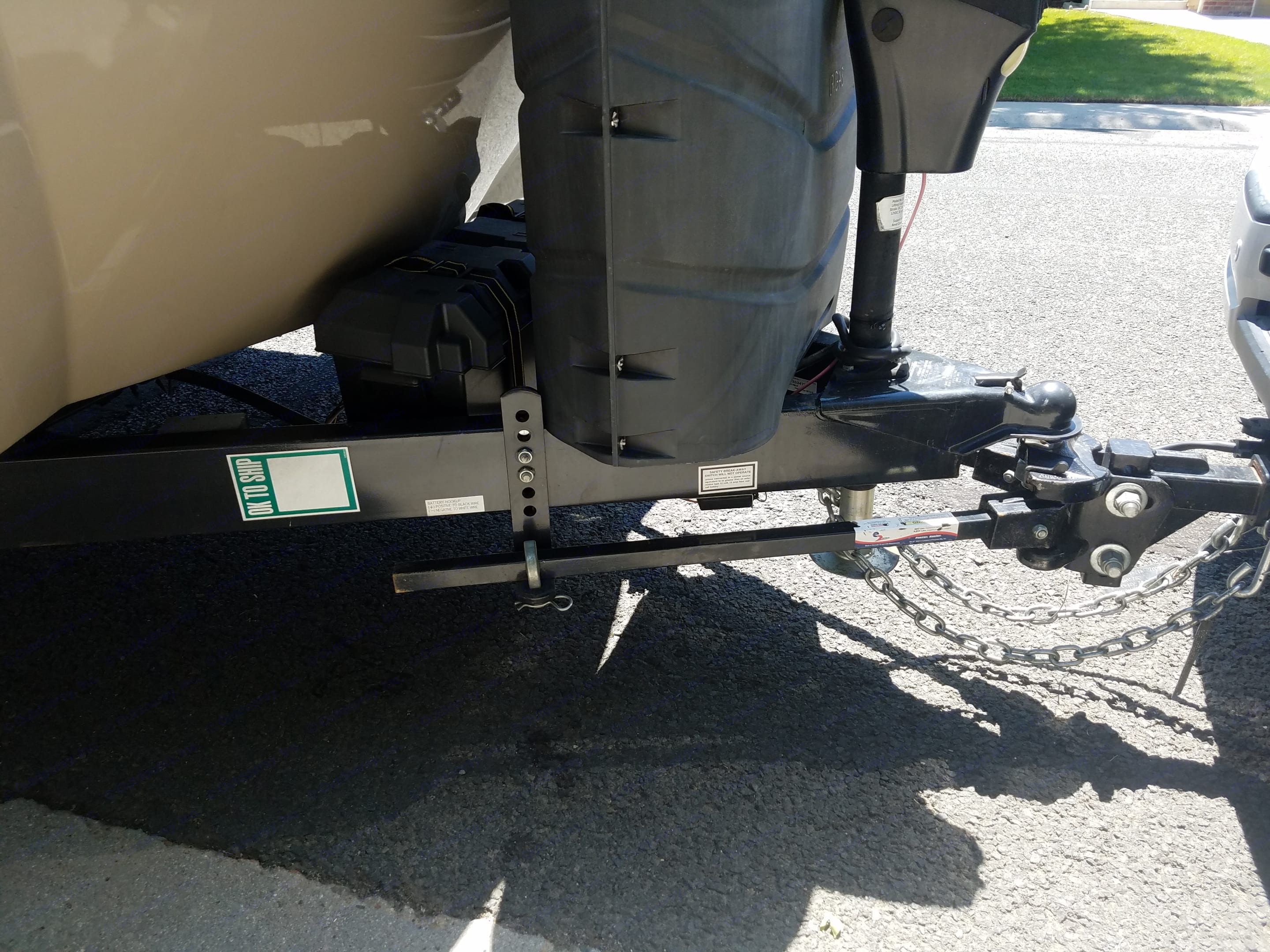 Sway bar and hitch included in rental. Cruiser Rv Corp Fun Finder 2016