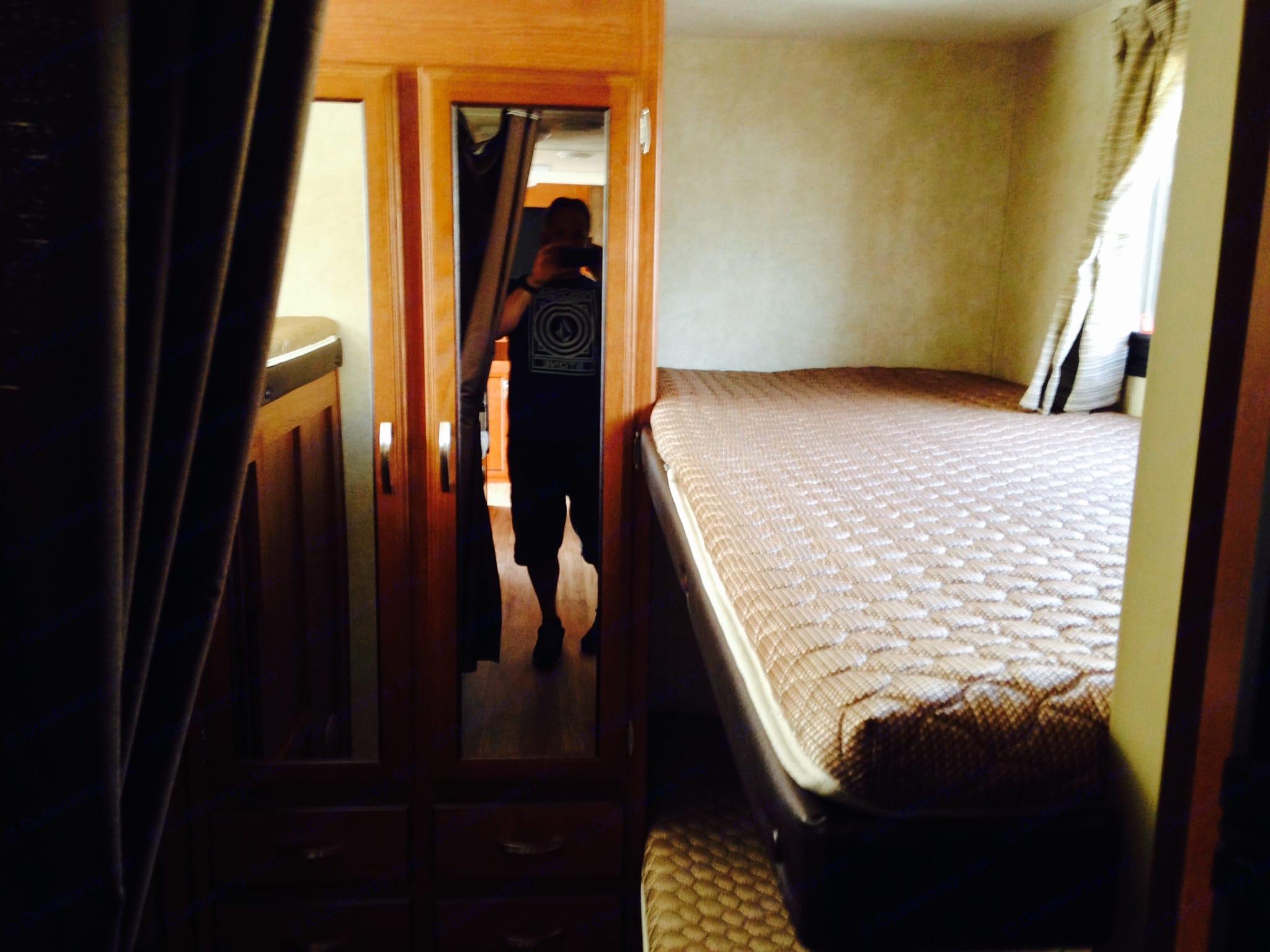 Bunk room. Forest River Wildwood X-Lite 2014