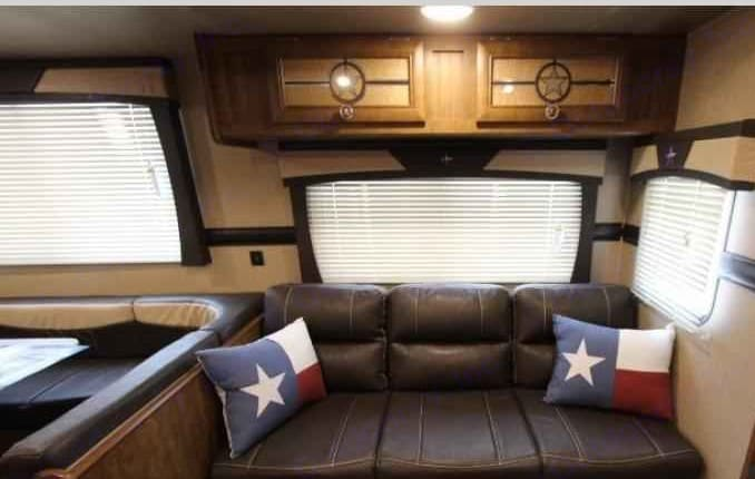 Couch. Crossroads Longhorn 2018