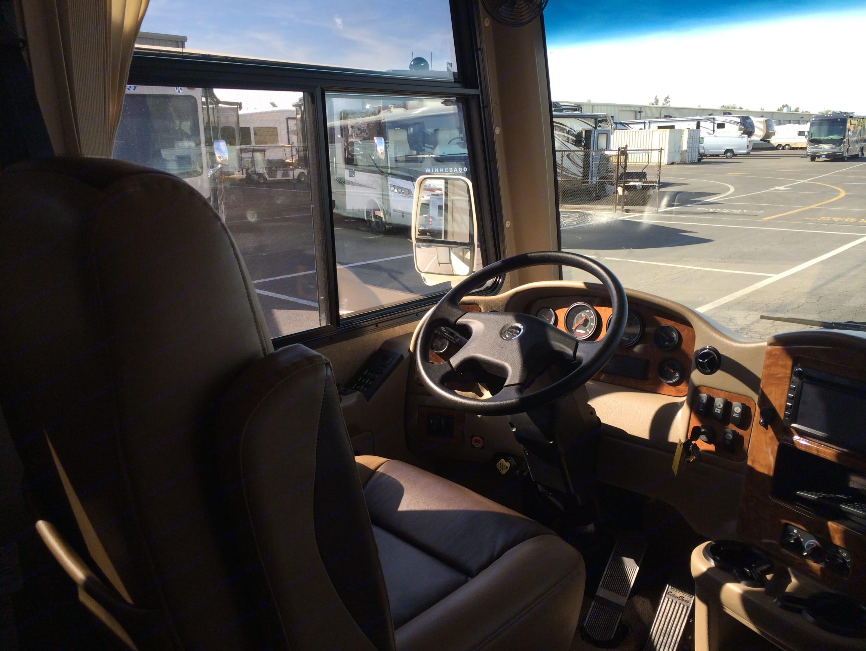 Thor Motor Coach Palazzo 2014